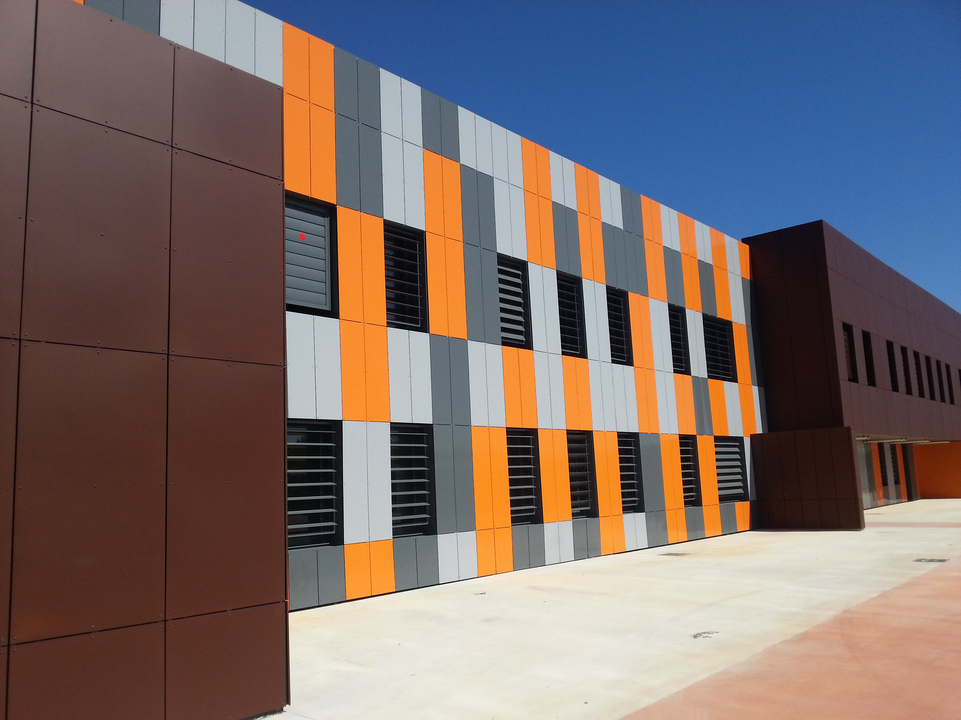 Centre de Formations de l_Industrie - Baillargues 34 - 2013 Surfacier